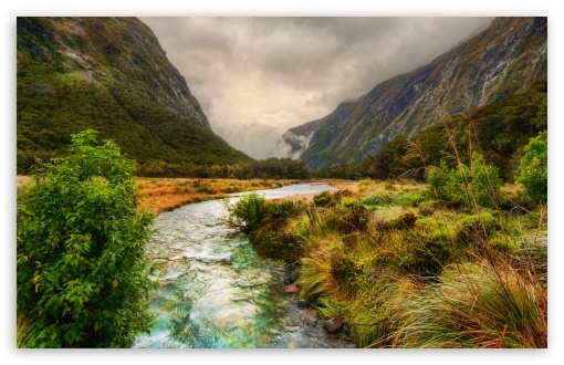 Download River In The Mountains UltraHD Wallpaper