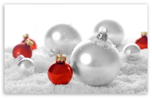 Download Happy New Year 2012 UltraHD Wallpaper