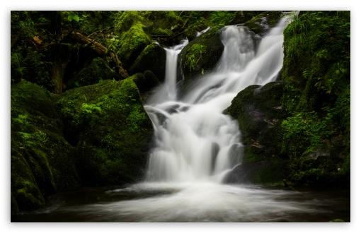 Download Mountain Waterfall Nature UltraHD Wallpaper