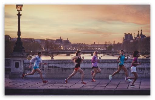 Download Jogging UltraHD Wallpaper