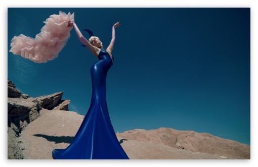 Download Female Fashion Model, Beautiful Blue Dress... UltraHD Wallpaper