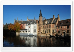 Bruges And It's Canals