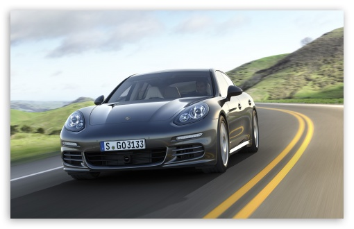 Download 2014 Porsche Panamera Road UltraHD Wallpaper