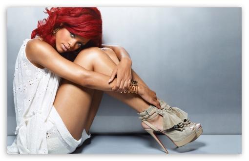 Download Rihanna UltraHD Wallpaper