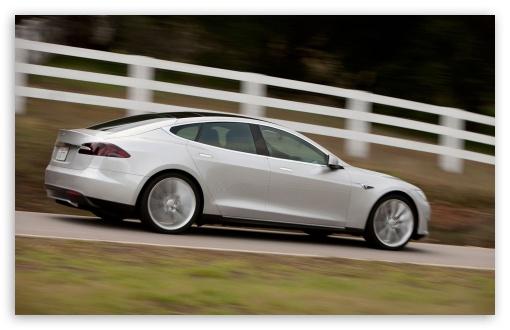 Download Tesla Alpha Model S Driving UltraHD Wallpaper