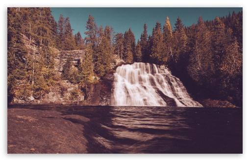Download Vintage Waterfall Forest UltraHD Wallpaper