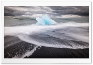 Icelands famous Diamond Beach