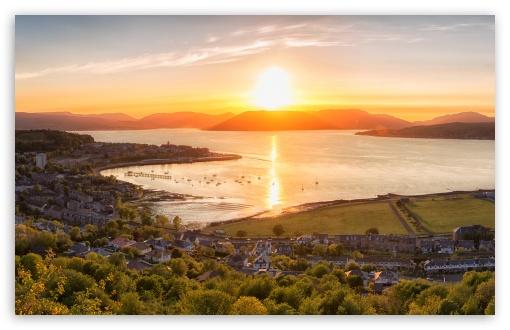 Download Sunset on Gourock town, Scotland UltraHD Wallpaper
