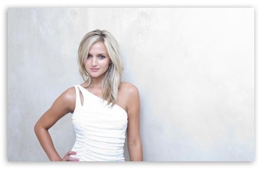 Download Blonde Woman In White Dress UltraHD Wallpaper