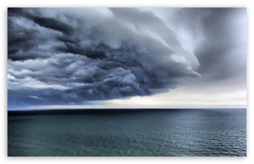 Download Storm Clouds UltraHD Wallpaper