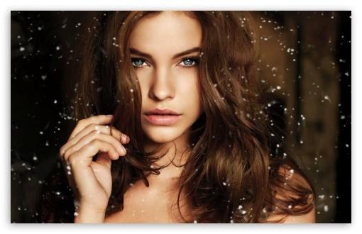 Download Barbara Palvin Victorias Secret Holiday UltraHD Wallpaper