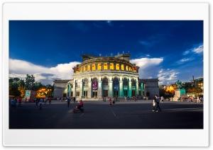 Armenia, Opera