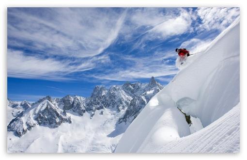 Download Skiing UltraHD Wallpaper
