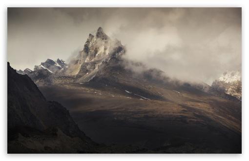 Download Mountain Peak Landscape UltraHD Wallpaper