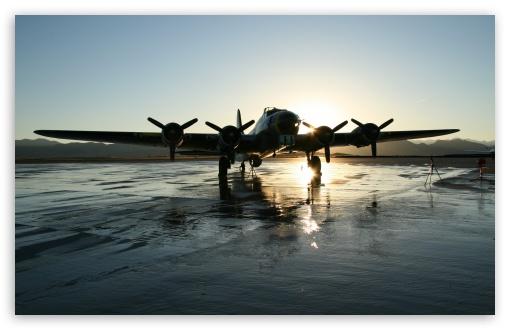 Download Aircraft, Airport UltraHD Wallpaper
