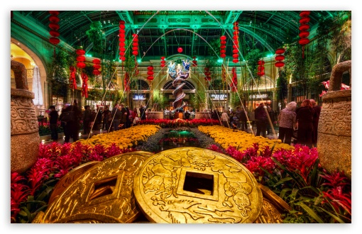 Download Bellagio Gardens  New Year UltraHD Wallpaper