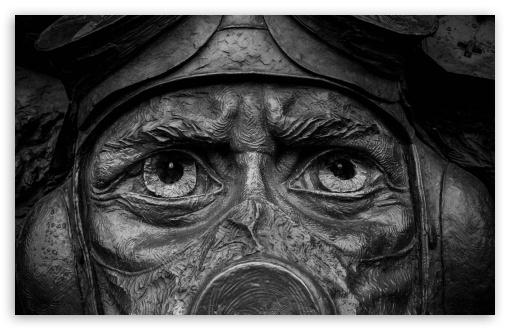 Download Soldier Statue UltraHD Wallpaper
