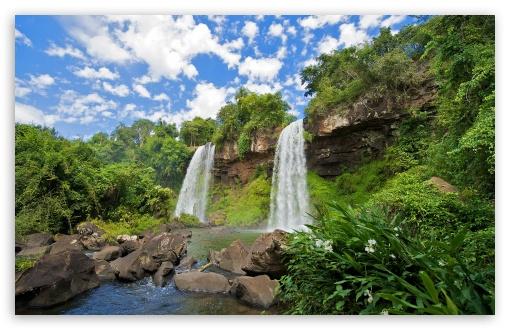 Download Iguazu Falls Argentina UltraHD Wallpaper
