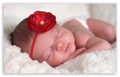 Download Newborn Baby Sleeping UltraHD Wallpaper