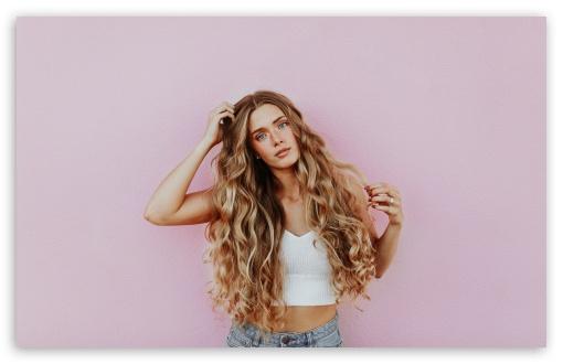 Download Beautiful Girls UltraHD Wallpaper