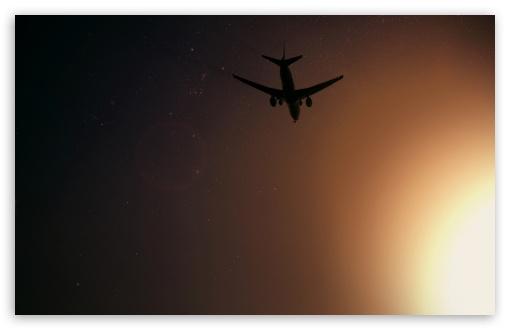 Download Plane Flying At Night UltraHD Wallpaper