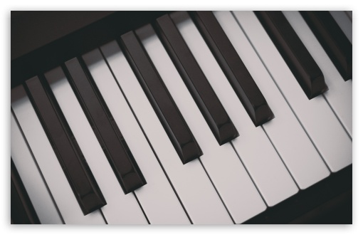 Download Piano Keyboards UltraHD Wallpaper