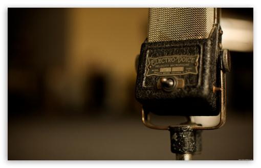 Download Vintage Microphone UltraHD Wallpaper