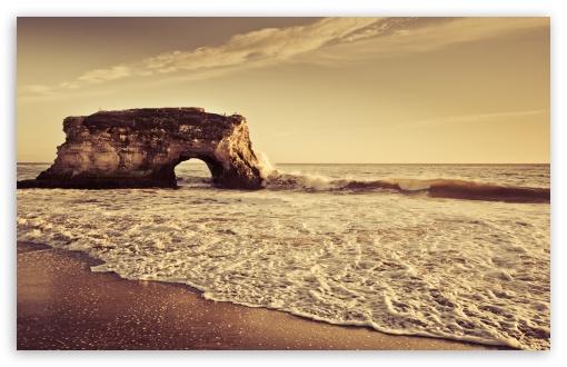 Download Beach Arch UltraHD Wallpaper