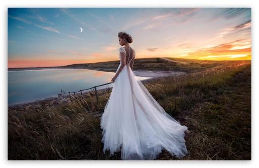 Download Gorgeous Bride in a Beautiful Dress, Evening,... UltraHD Wallpaper