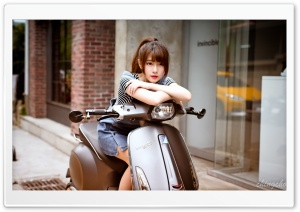 Asian Girl, Scooter