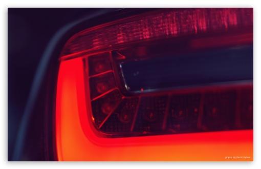 Download Taillight UltraHD Wallpaper