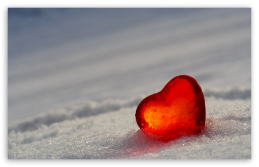 Download Heart In Snow UltraHD Wallpaper