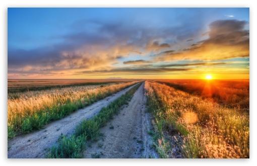 Download Long Road In Montana UltraHD Wallpaper