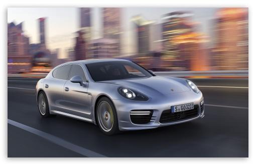 Download 2014 Porsche Panamera City UltraHD Wallpaper