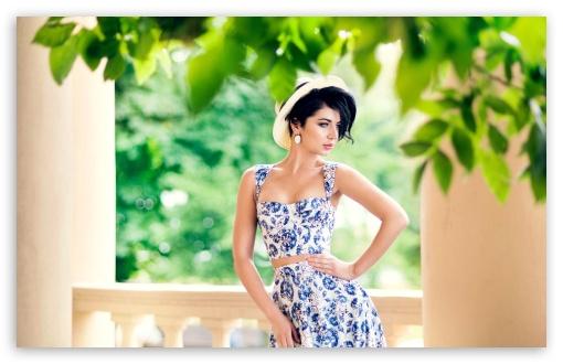 Download Summer Floral Dress Woman UltraHD Wallpaper