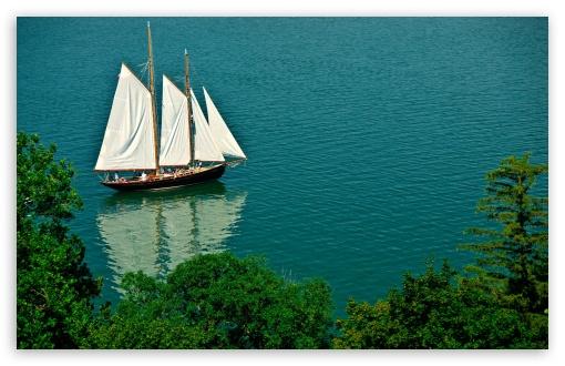 Download Sailing Boat UltraHD Wallpaper