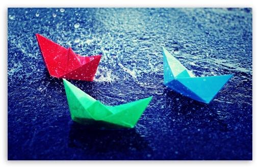 Download Paper Boats In Rain UltraHD Wallpaper